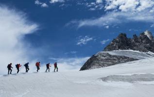 Packliste: Das müssen Winterwanderer unbedingt dabeihaben