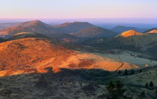 Vulkanwandern in der französischen Auvergne