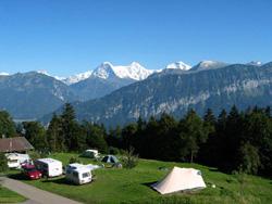 Tal van plekken om te kamperen in Zwitserland