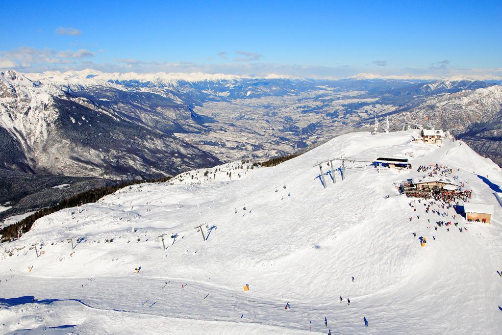 Skigebied met pistes in Skirama Dolomiti