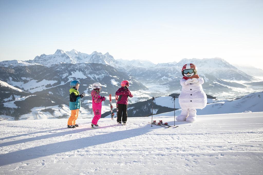 Kinderen St. Johann in Tirol