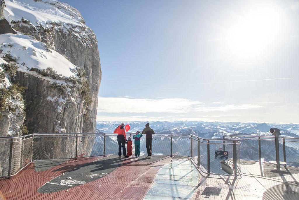 Winterwandern Steinplatte