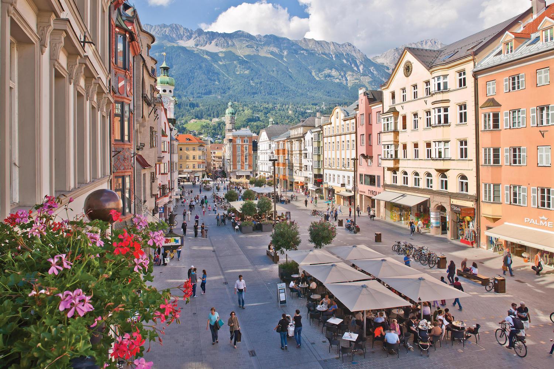 Wandelen tijdens zomervakantie in Innsbruck