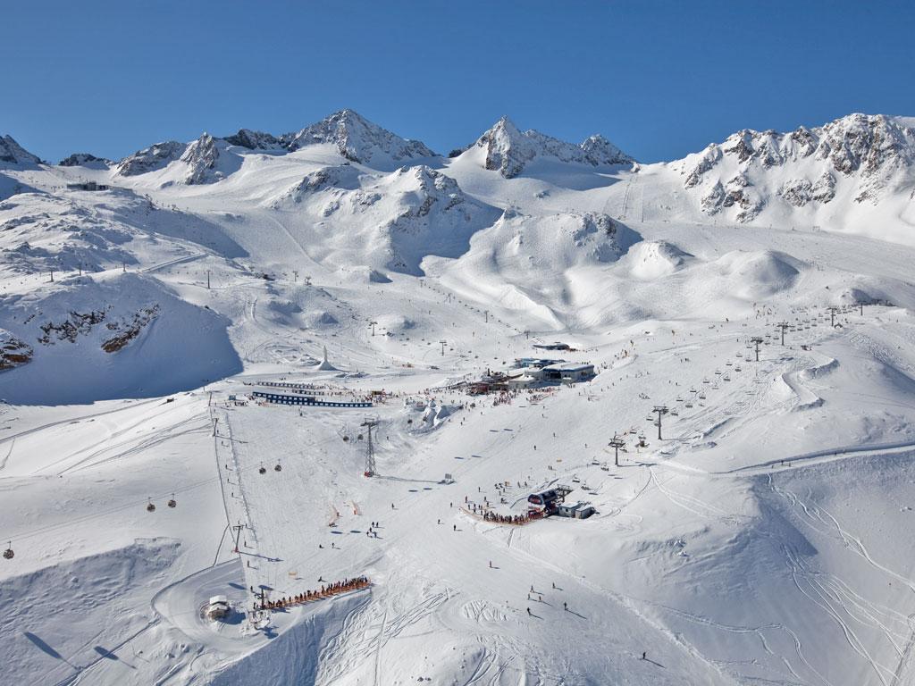 Overzicht van de Stubaier Gletscher