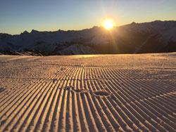 Davos: skiën tijdens zonsopkomst