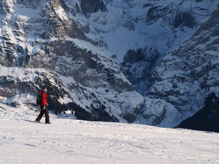 genieten van de bergwand