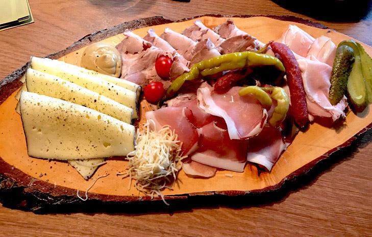 eten in kitzbühel en kirchbergbij - eten bij de seidlalm in kitzbühel en kirchberg - speckplatte