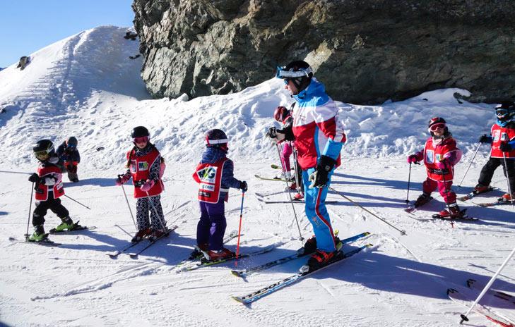 Skiklasje met kinderen in skigebied Silvretta Arena Ischgl - Samnaun