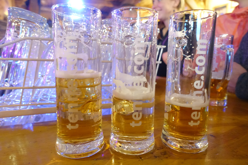 Halflege biertjes in de après-ski