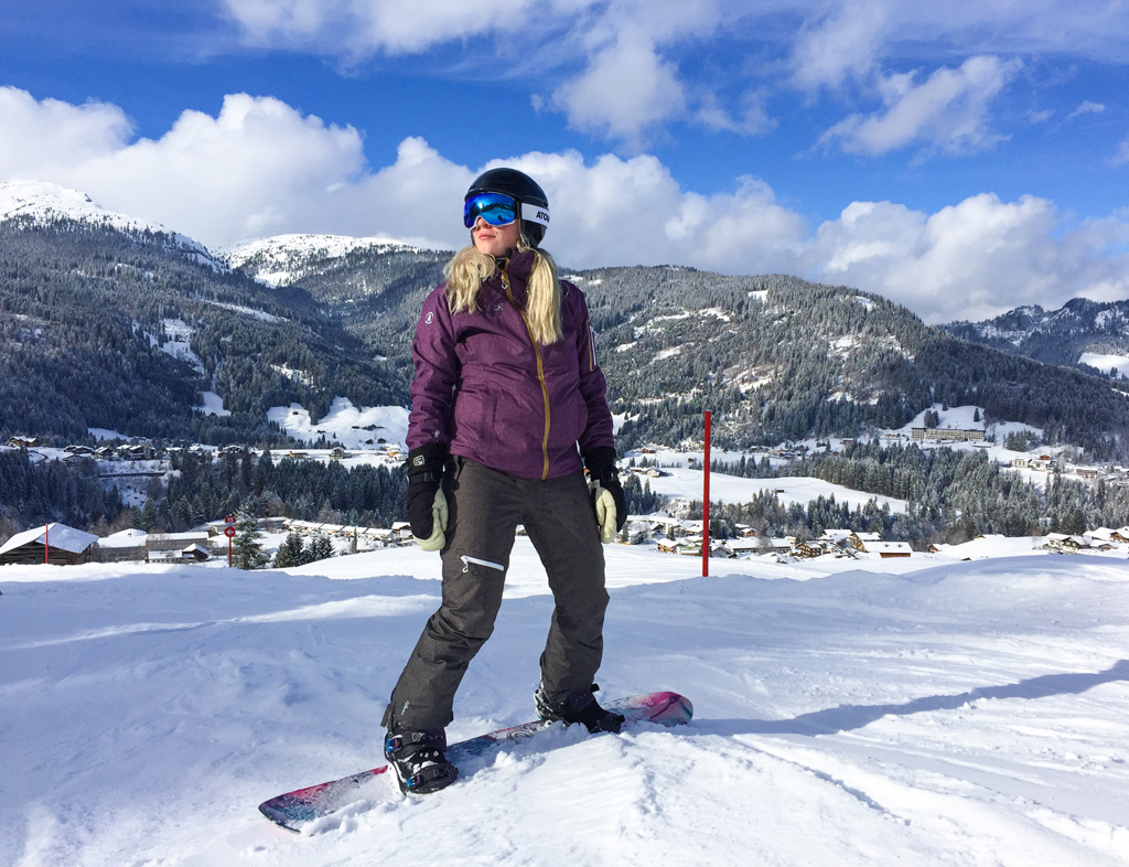 Snowboarder op de piste in Kleinwalsertal & Oberstdorf