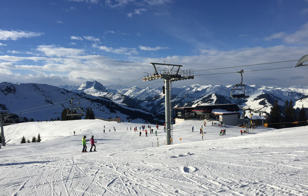Blauwe piste in skigebied Kitzbühel & Kirchberg in Oostenrijk
