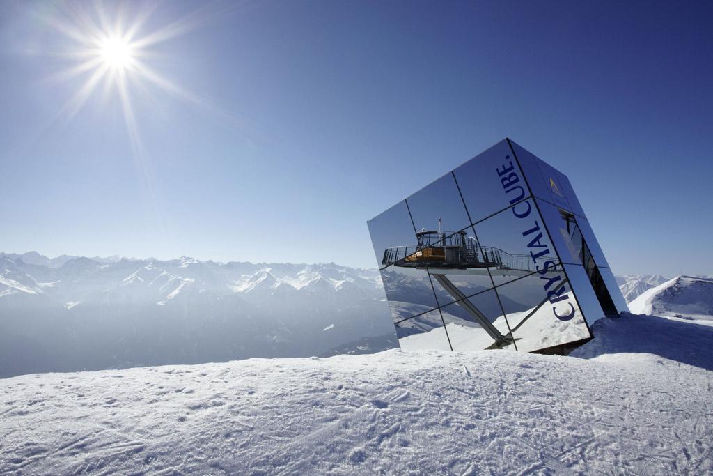 De Crystal Cube op de Zwölferkopf in skigebied Serfaus-Fiss-Ladis