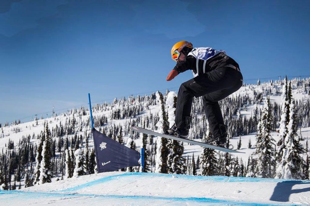 Merijn Koek op snowboard in Canada