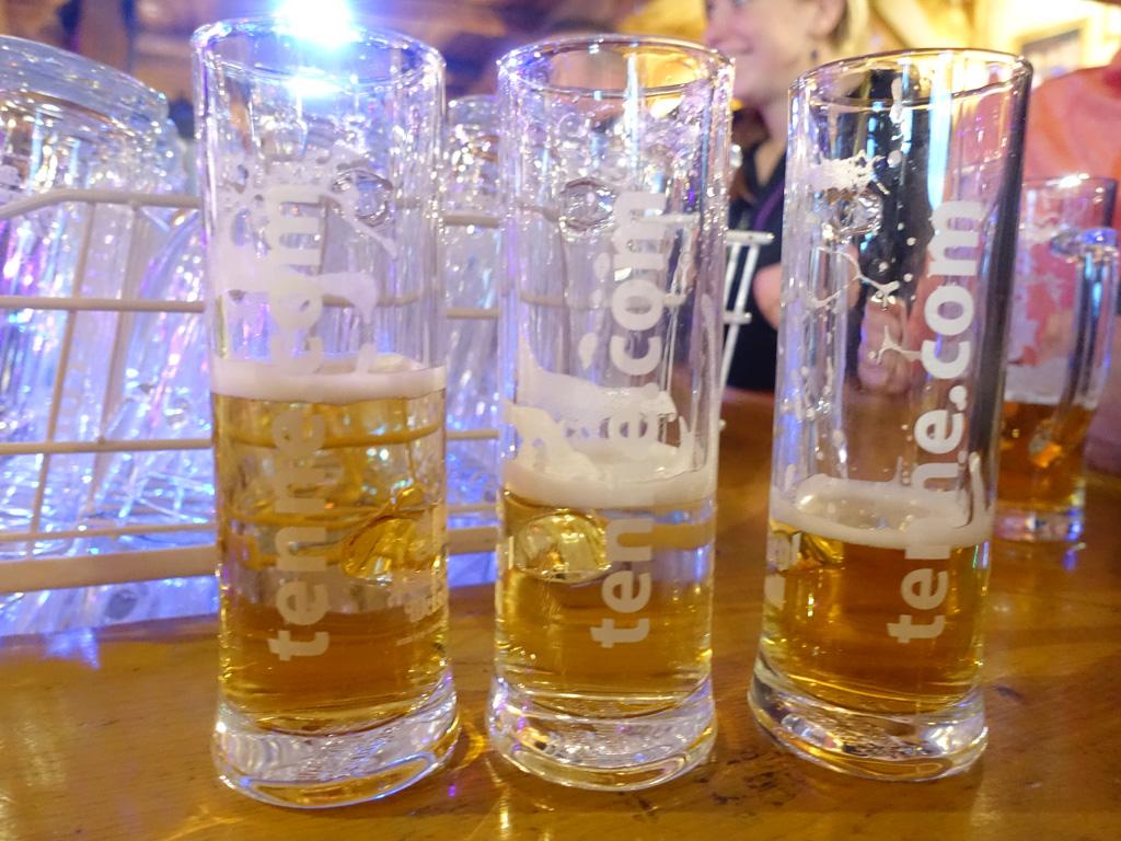 Drie biertjes in de après-ski