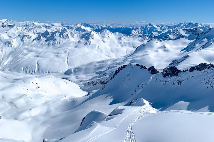 Skiing Andermatt