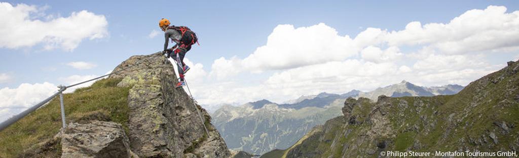 Bergbeklimmen op de top van de Madrisella