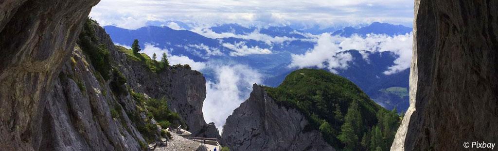 De 10 mooiste grotten van de Alpen