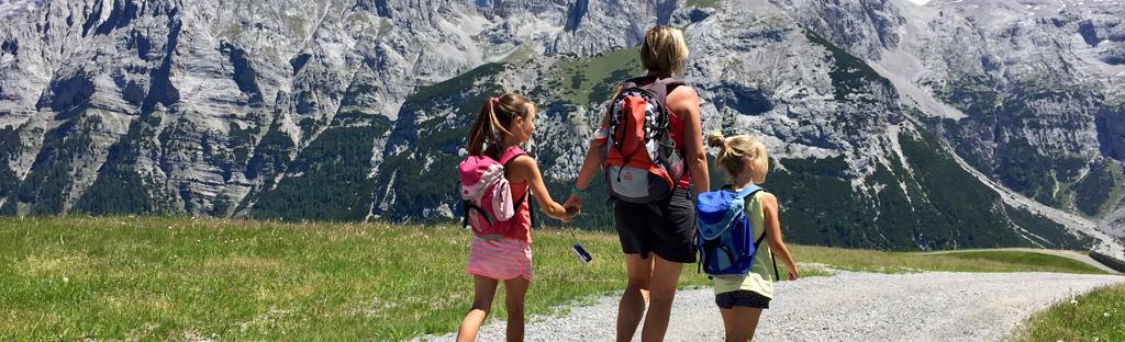 wandelen met kinderen in de bergen