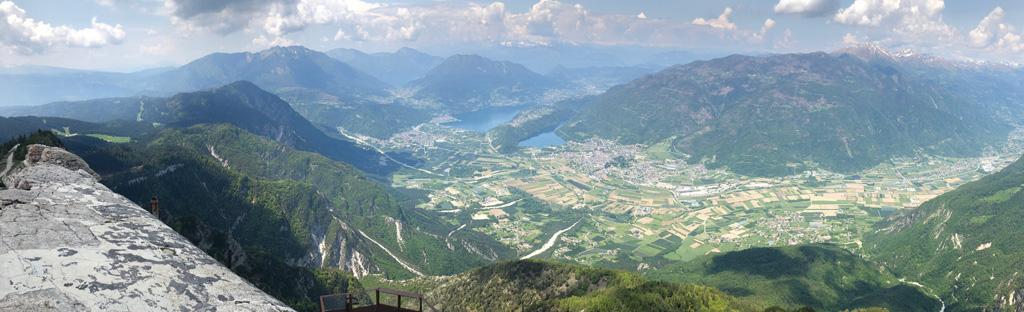 Uitzicht op Valsugana vanaf Pizzo di Levico