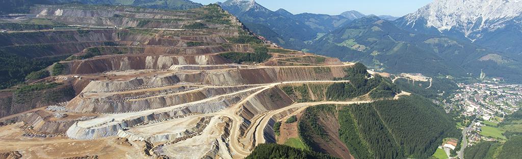 Uitzicht op de Erzberg