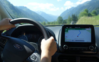 Angst in de auto op bergwegen: 9 tips