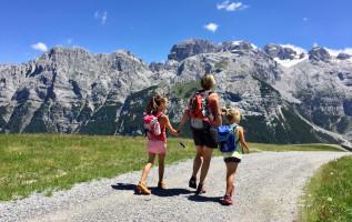 Wandelen met kinderen in de bergen: 10 tips