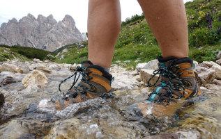 Hoe lang gaan wandelschoenen mee?