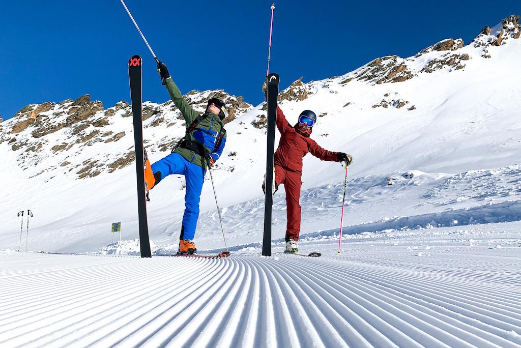 Skiers op de piste