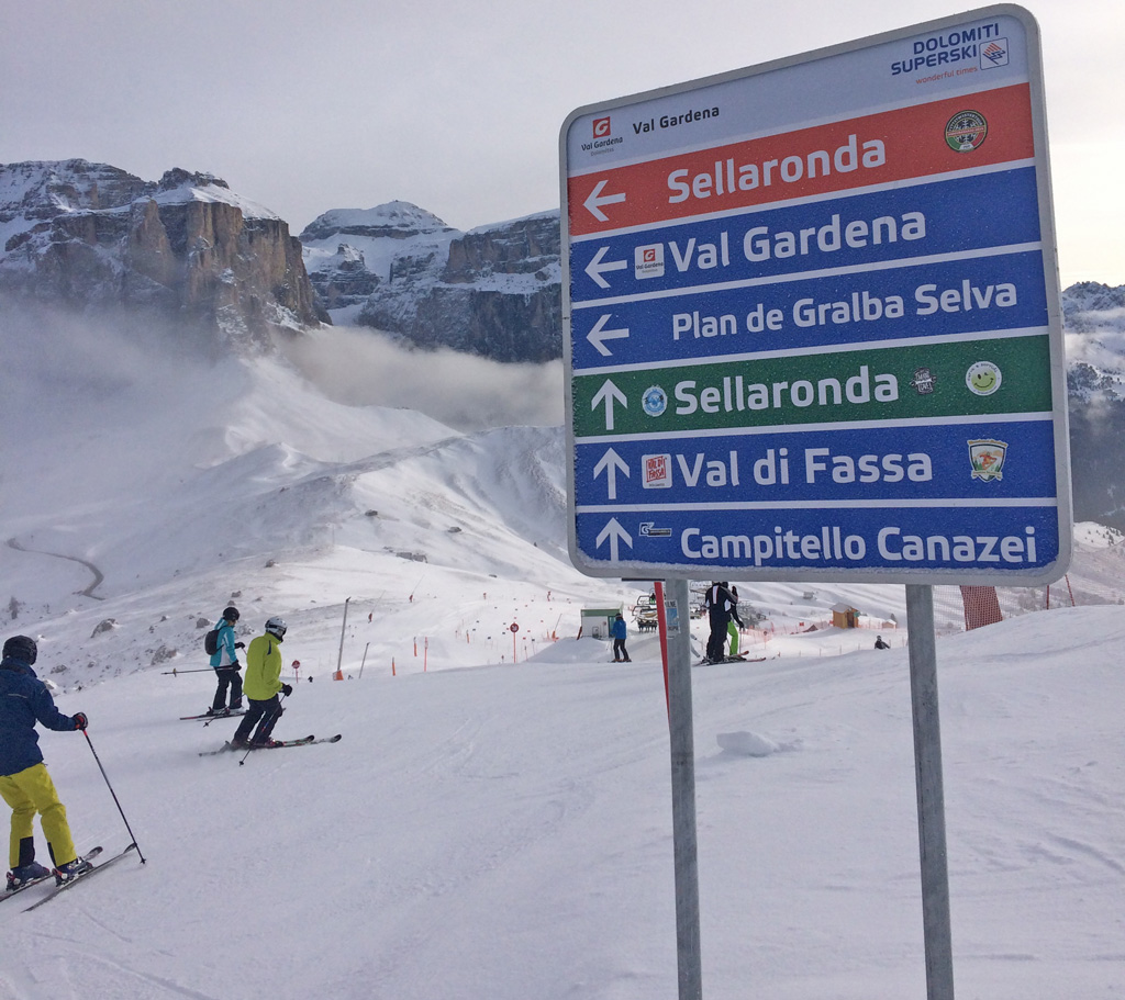 Sella Ronda piste sign