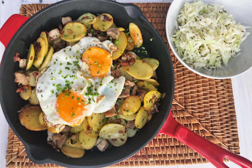 Tiroler Gröstl with coleslaw