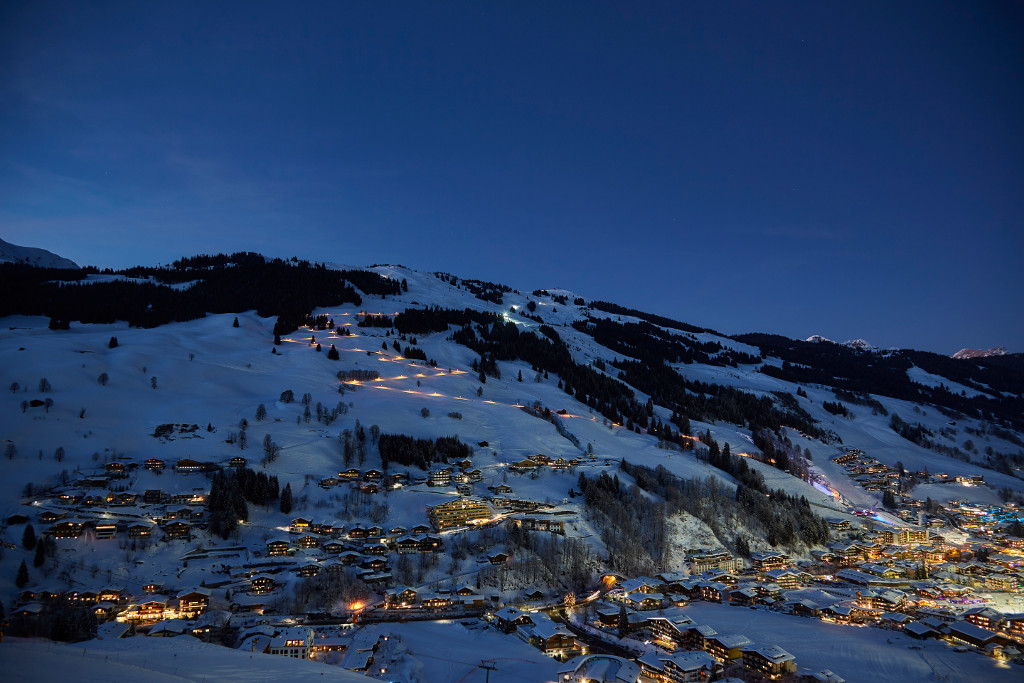 saalbach by night tobogganing