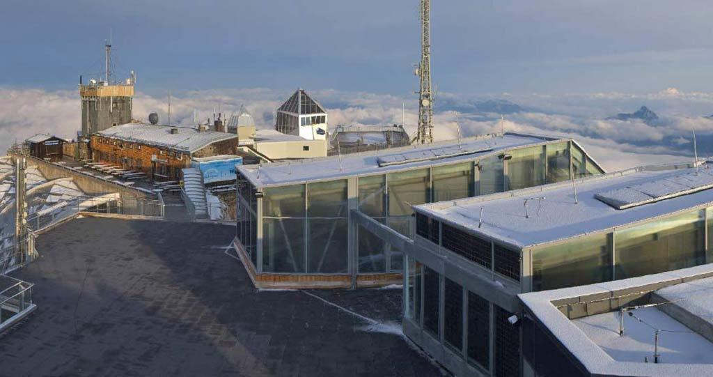 Webcambeeld Zugspitze, verse sneeuw juli