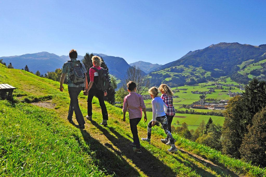 Wandelen in de bergen rond Fügen in het Zillertal