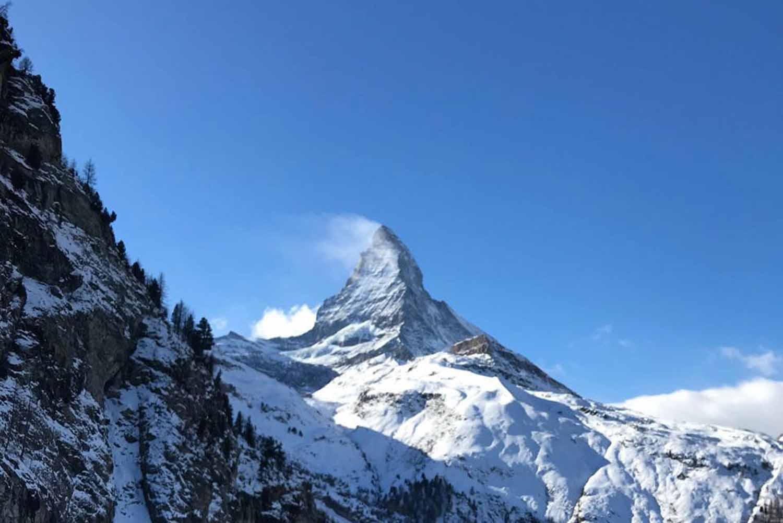 uitzicht matterhorn vanuit een van de grootste skigebieden van de alpen