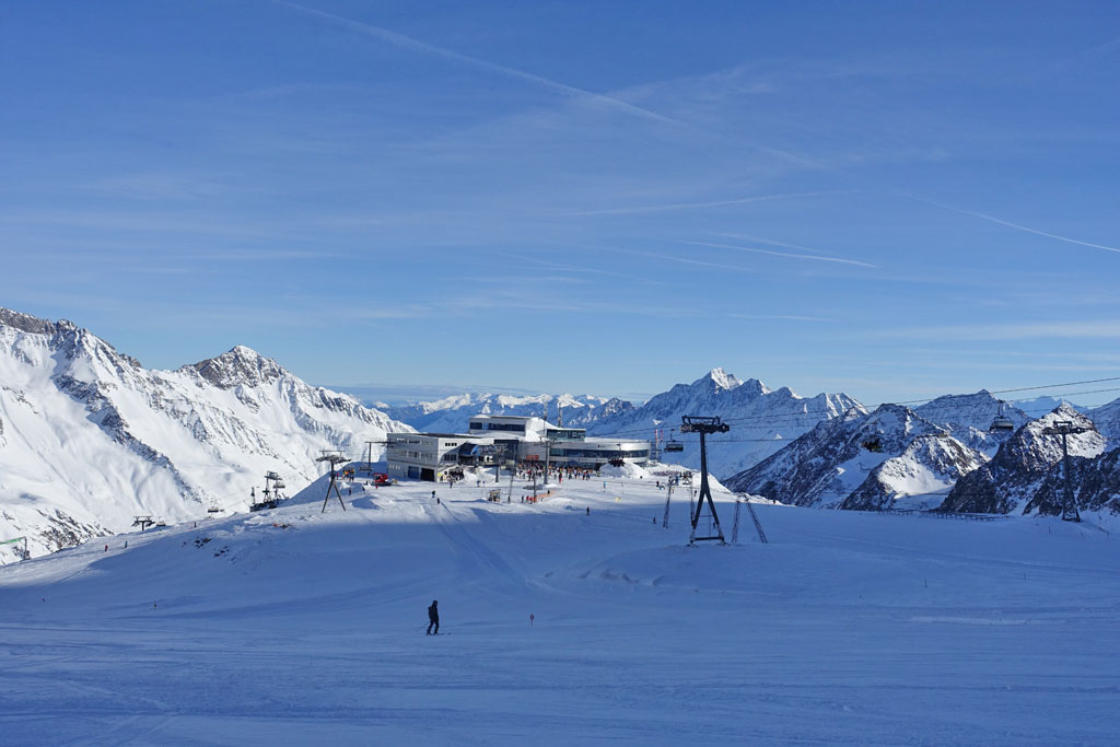 Skiën op Stubaier Gletscher