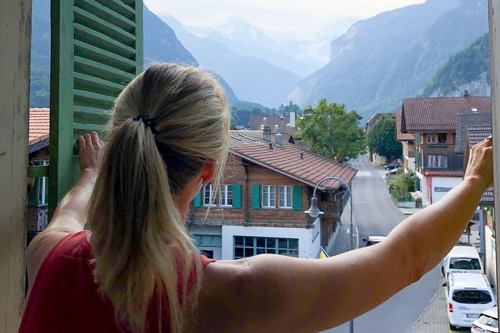 Ramen openslaan Zwitserland
