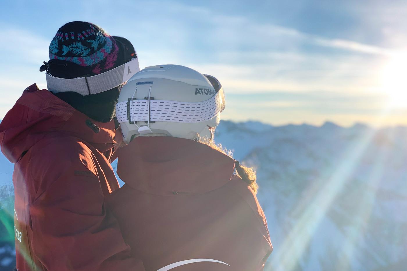 Romantisch van het uitzicht genieten