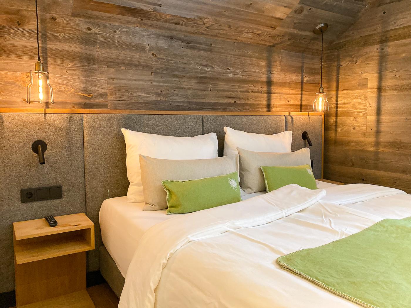 Slaapkamer van het chalet van Hotel Bergwiesengluck
