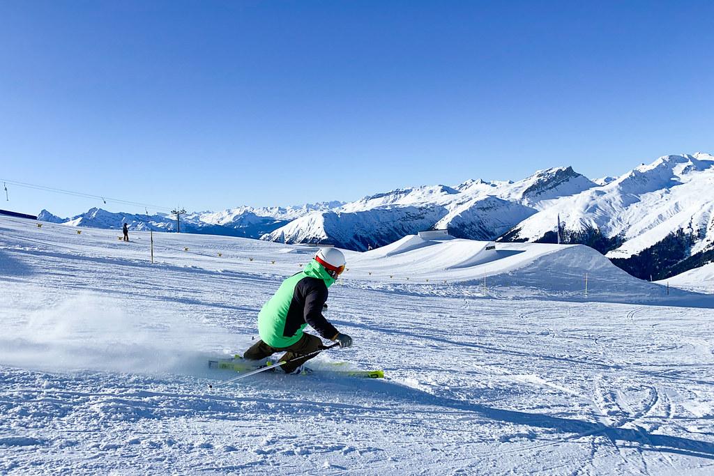 Skifahren, eine beliebte Wintersportart