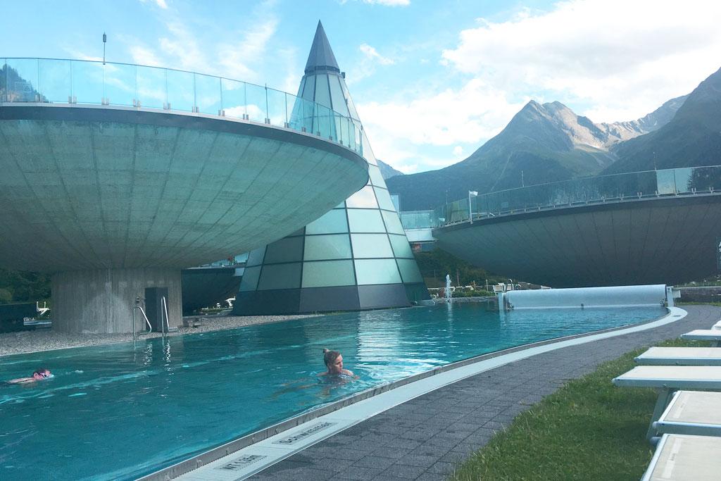 zwembad van het aquadome bij soelden