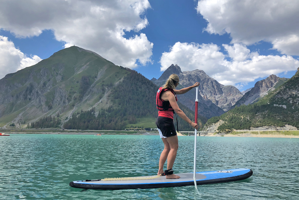 Stand-up paddling in Livigno