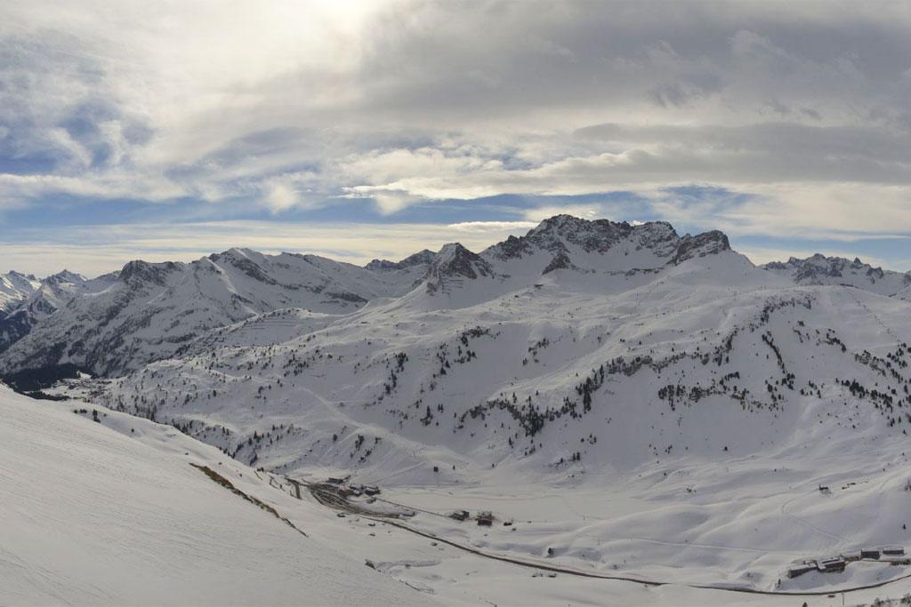 Warth Schröcken bergpanorama webcambeeld