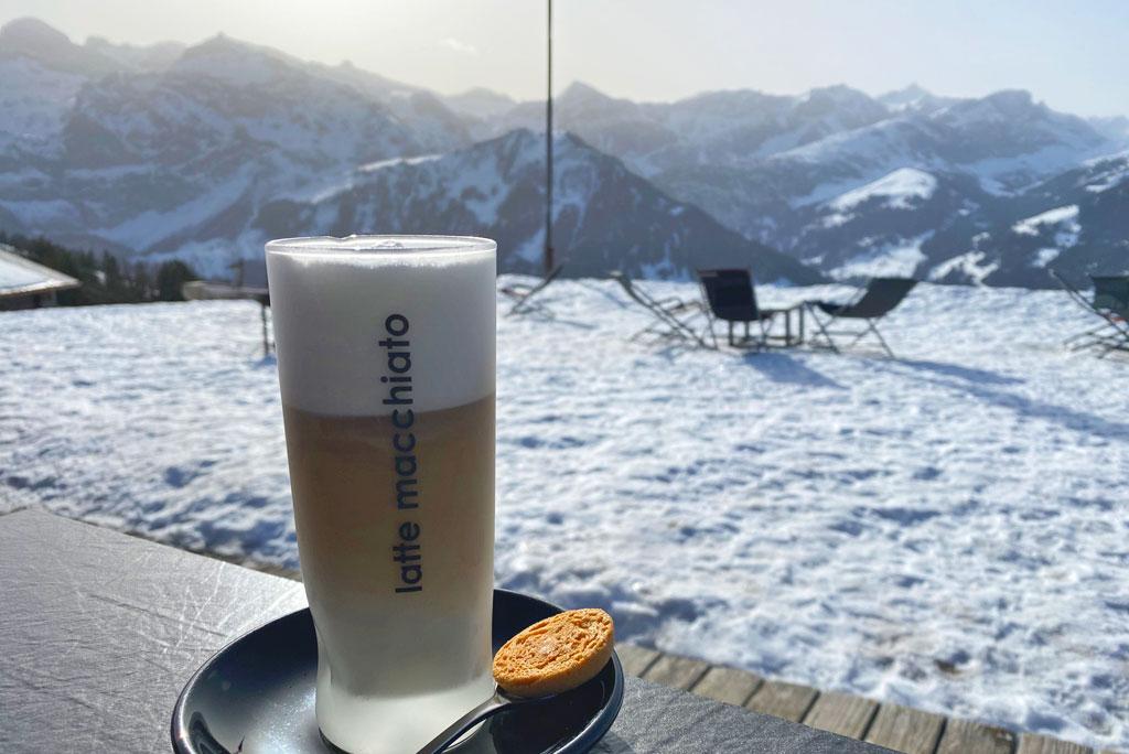 Koffiestop skiën